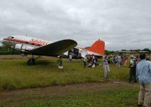Vintage Douglas DC-3 vuelos en Colombia