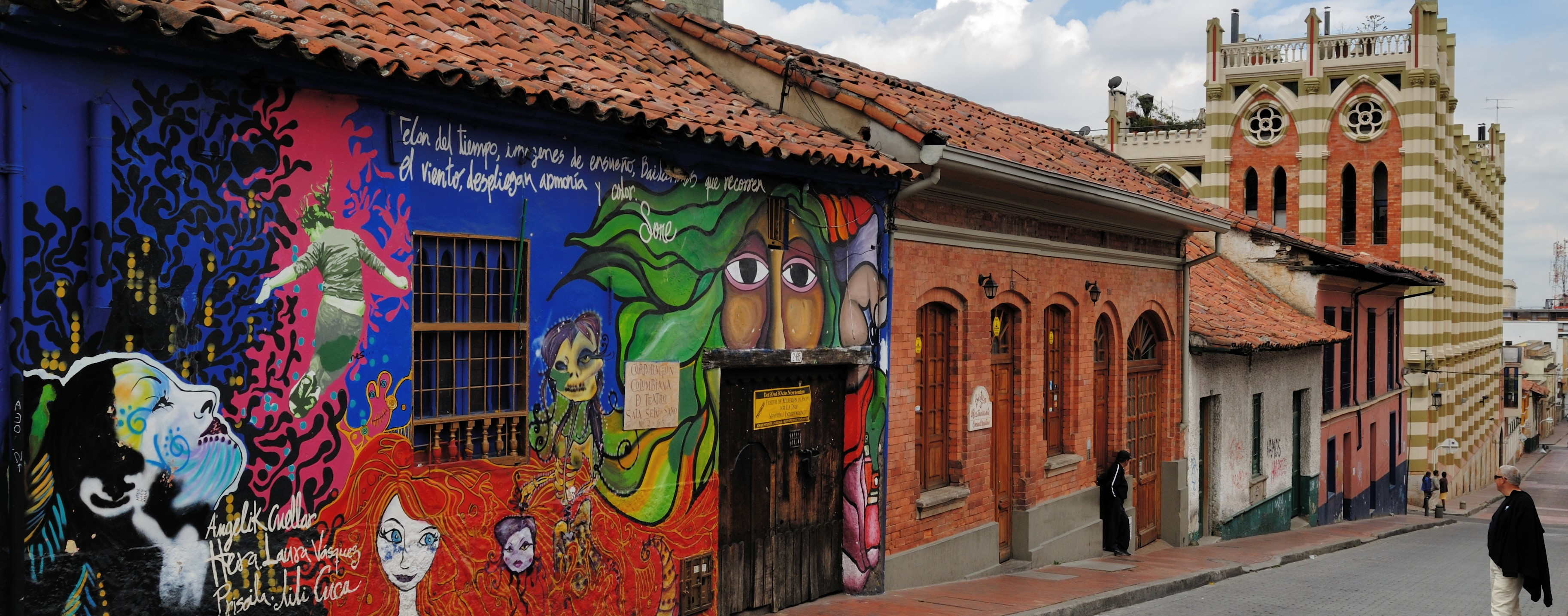 https://www.kontour-travel.com/wp-content/uploads/bogota-colombia-candelaria-012-2.jpg