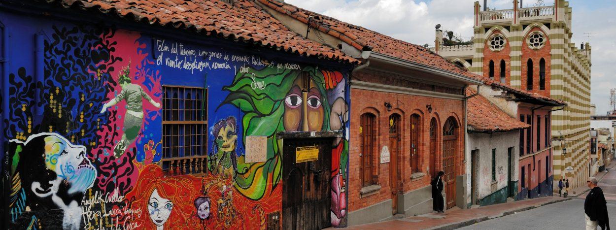 https://www.kontour-travel.com/wp-content/uploads/bogota-colombia-candelaria-012-3-1-1250x467.jpg