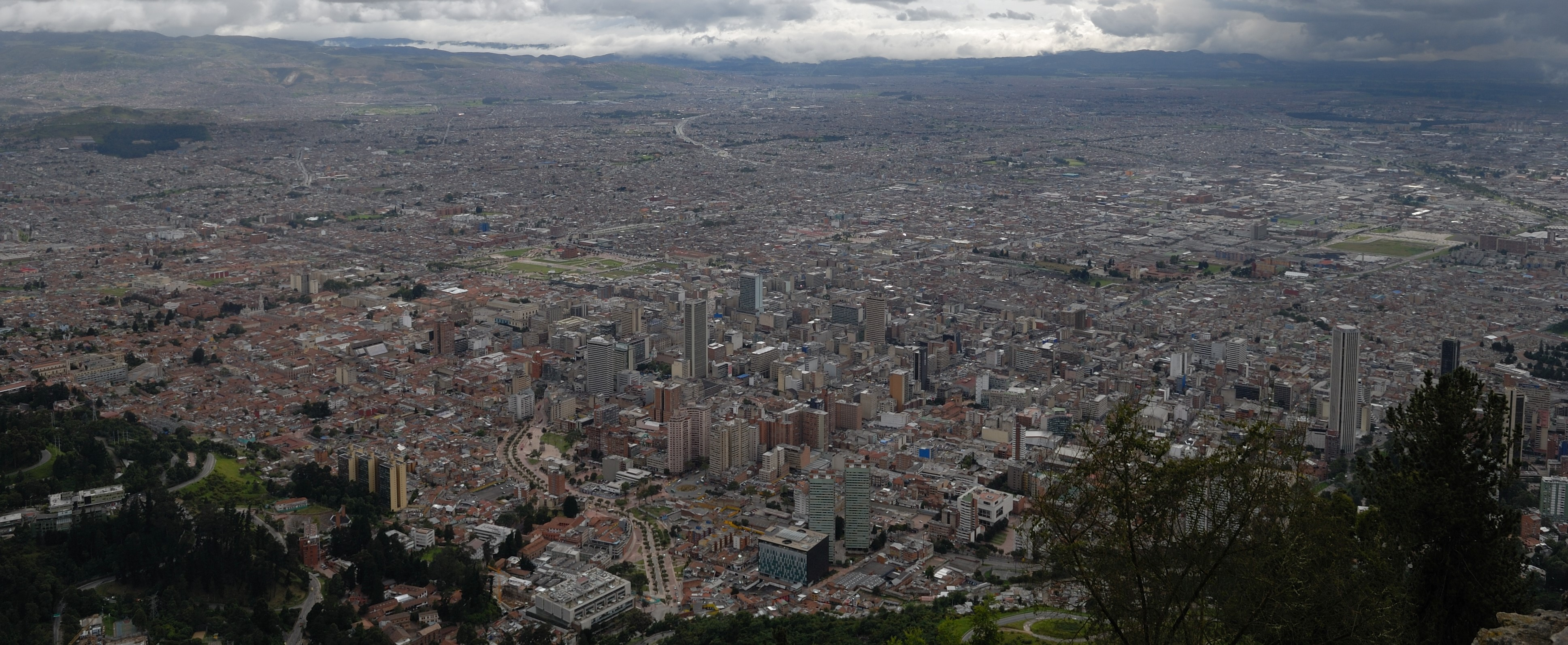 https://www.kontour-travel.com/wp-content/uploads/bogota-monserate.jpg