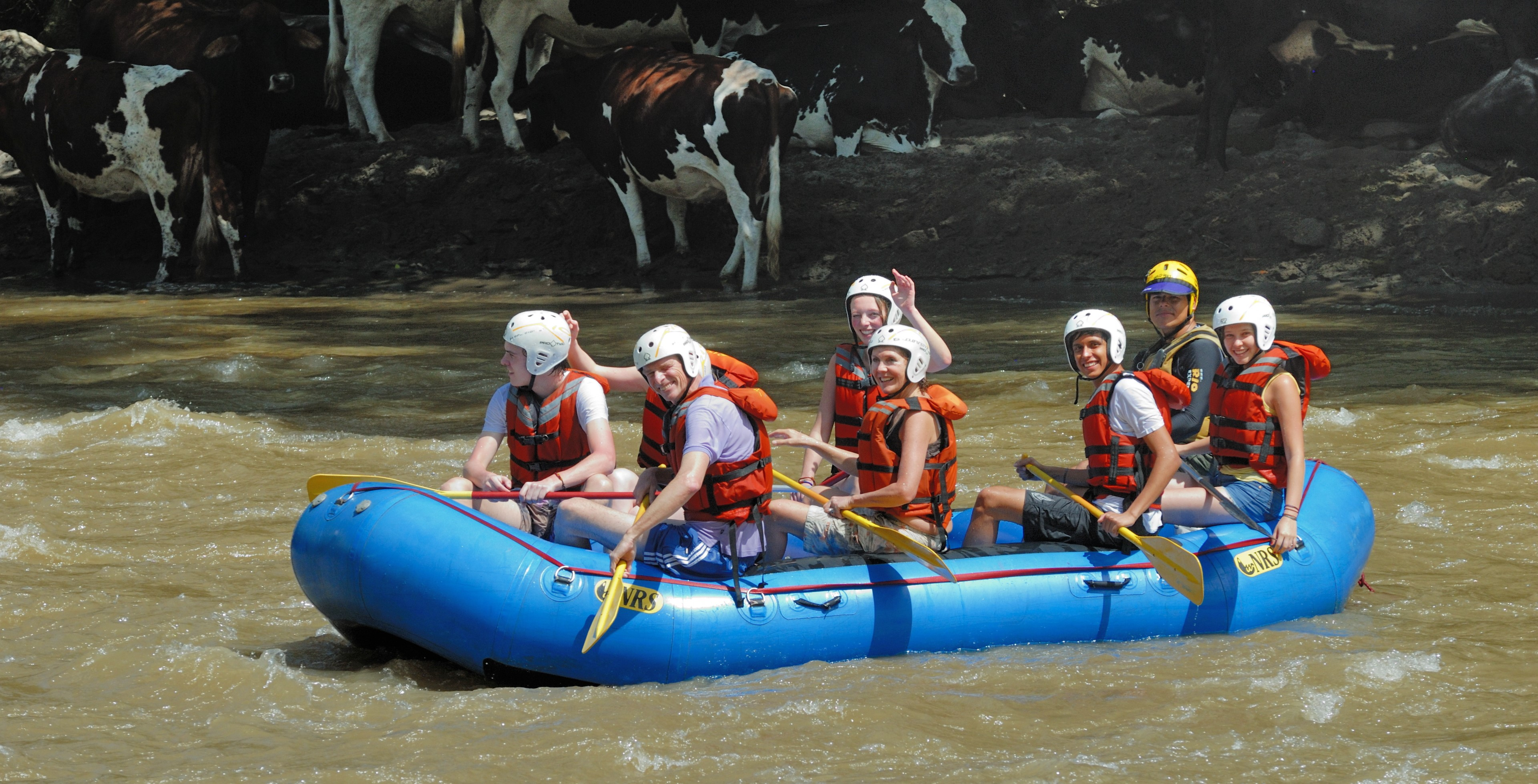 https://www.kontour-travel.com/wp-content/uploads/san-gil-rafting-006.jpg